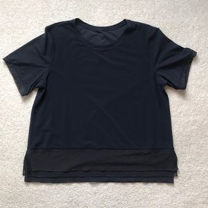 Lululemon LIKE NEW SPF short sleeve black top